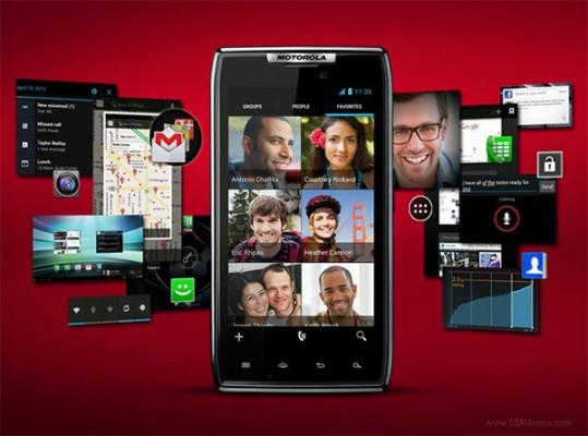 Motorola RAZR MAXX: inizia l'aggiornamento ad Android 4.0 ICS