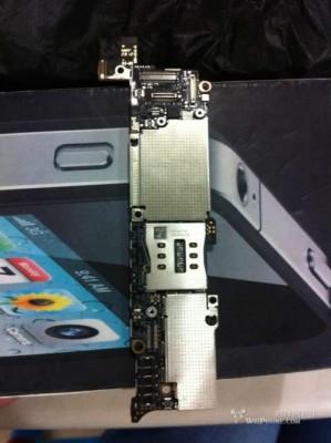Apple iPhone 5: ecco la scheda madre