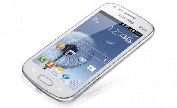 Samsung Galaxy S Duos in vendita nei negozi tedeschi