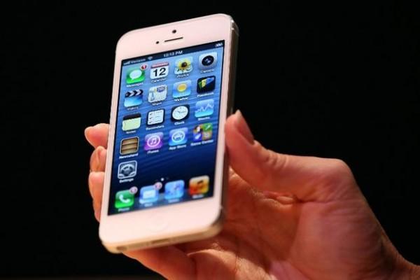 Apple iPhone 5 registra preordini da record