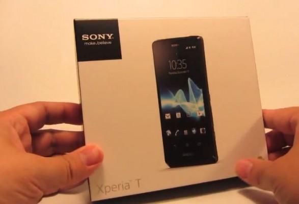 Sony Xperia T: primo video di unboxing