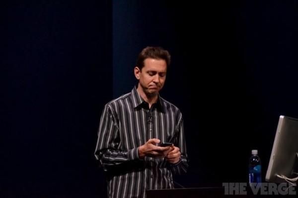 Scott Forstall deve lasciare Apple a causa di iOS 6 e dell'app Mappe