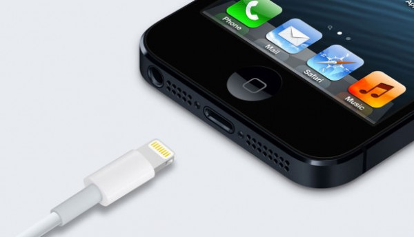 Apple iPhone 5: il cavo Lightning ha un chip di autenticazione