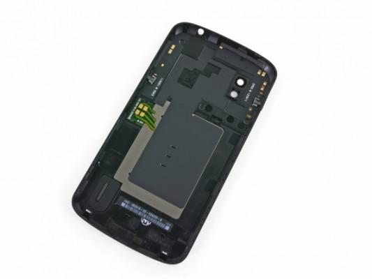 LG Nexus 4 smontato pezzo per pezzo da iFixit