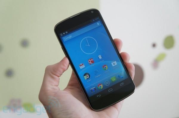 LG Nexus 4: esaurito di nuovo in Germania e Regno Unito