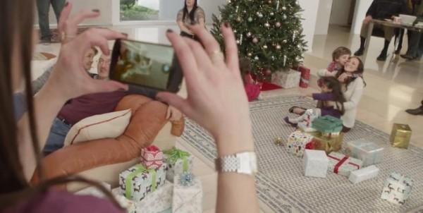 LG Nexus 4: nuovo video pubblicitario dedicato al Natale