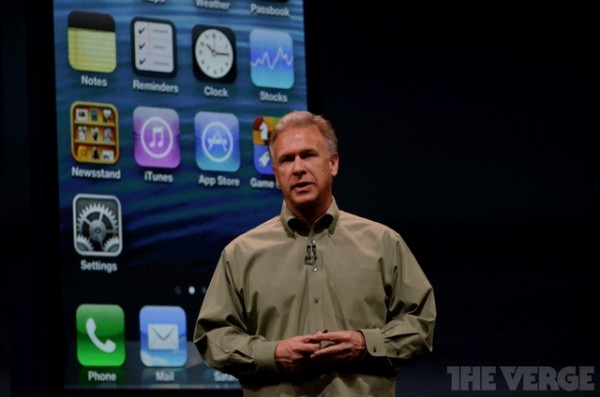 Phil Schiller contrario all'iPhone low cost