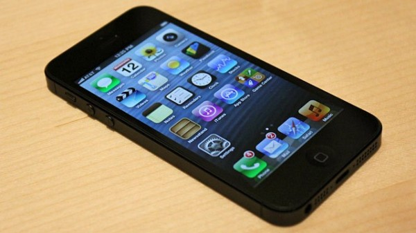 La rivista Which boccia le prestazioni dell'Apple iPhone 5