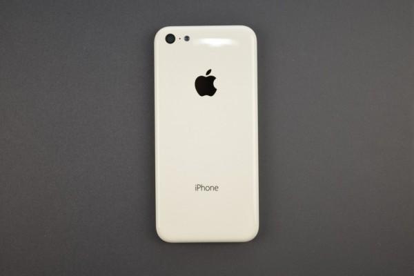 Apple iPhone 5C: il prezzo non sarà affatto economico