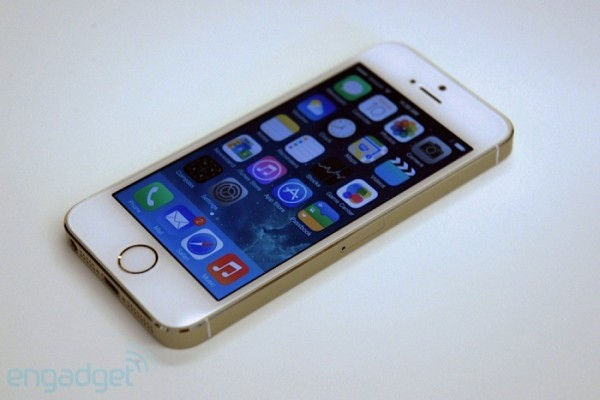 iPhone 5S: video hands-on del nuovo melafonino di Apple