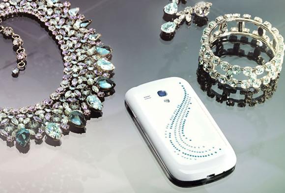 Samsung Galaxy S3 Mini: in uscita la versione Crystal Edition con cristalli Swarovski