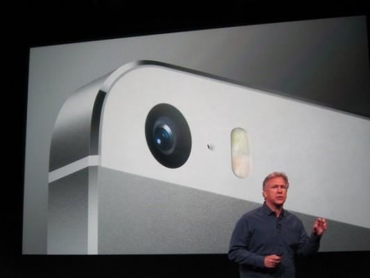 iPhone 5S: come funziona il doppio flash LED della nuova fotocamera